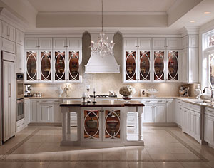 KraftMaid Luxe Transitional Kitchen