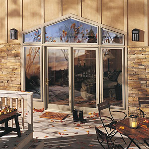 Integrity Wood-Ultrex Polygon Windows