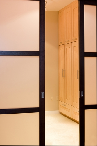 The pros and cons of pocket doors