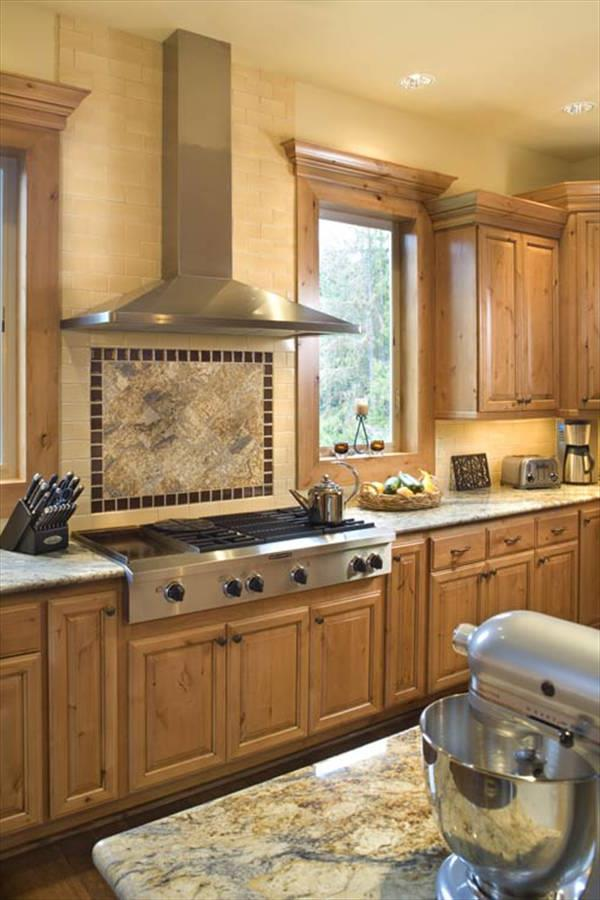 Kitchen by DFD House Plans